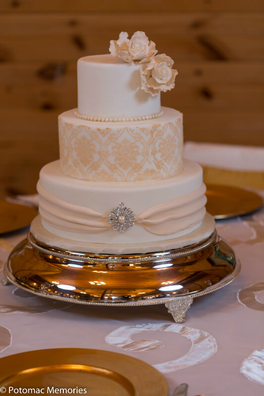 wedding cakes maryland maryland winery facility rental linganore wines 24993